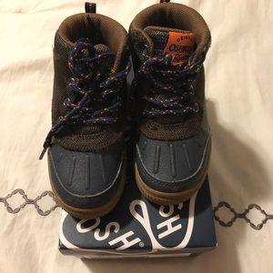 Oshkosh Navy/Brown boots toddler